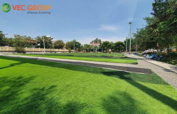Chi phí thi công sân cỏ nhân tạo tại Hà Nam là bao nhiêu?